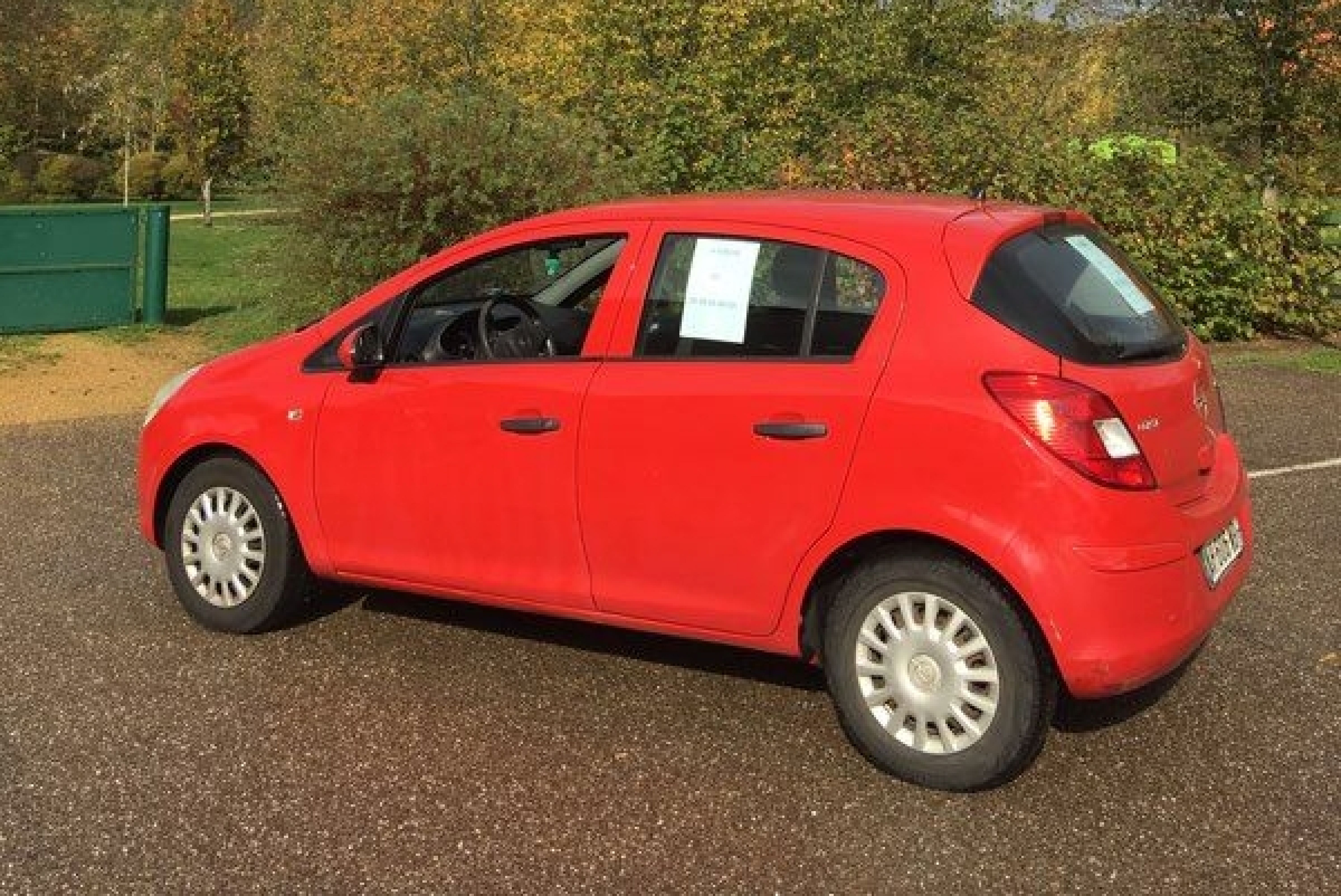 Opel corsa 1.3 cdti  - Photo 2